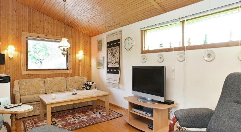 Two-Bedroom Holiday home in Nakskov 5
