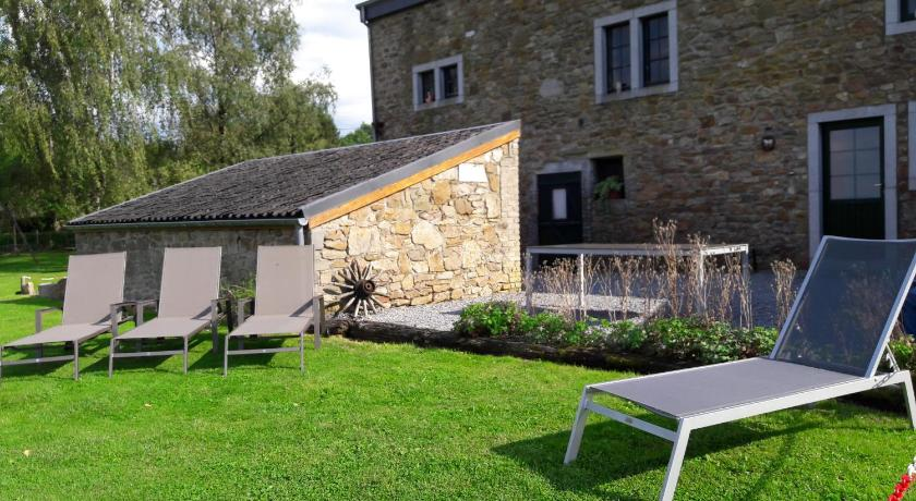 Four-Bedroom Holiday Home Gîte des Cours