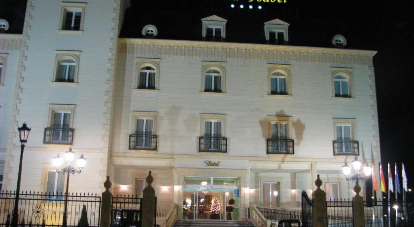 hoteles con encanto en albacete  38