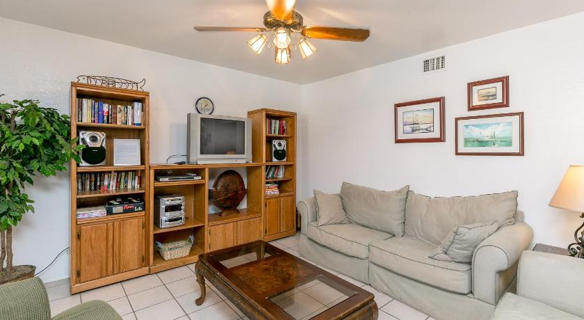 Two-Bedroom Condo in Corpus Christi Condo