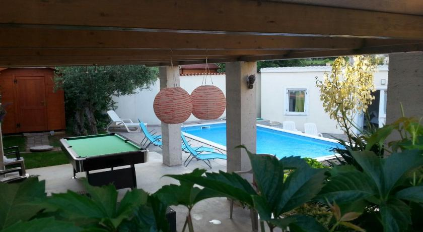 Piscina Holiday Homes Mare