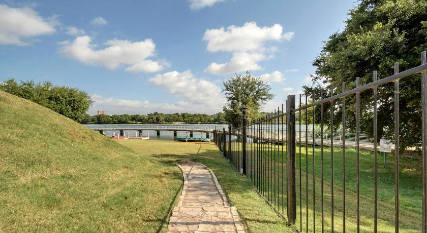 Lady Bird Lake Condo