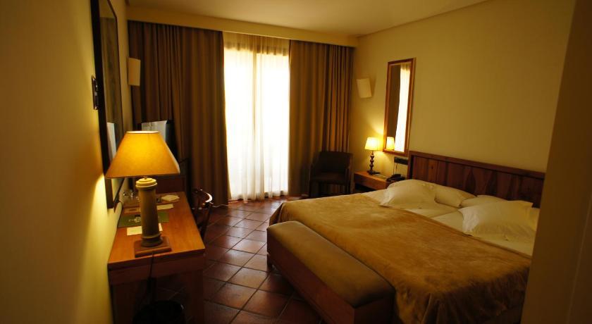 hoteles con encanto en toledo  176