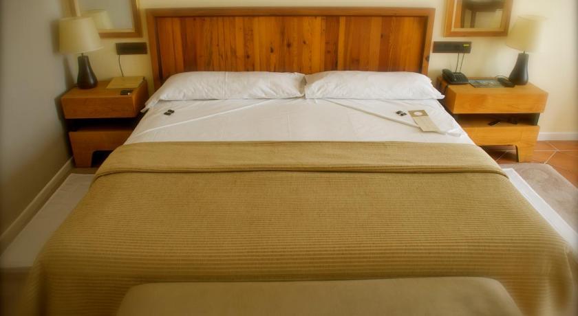 hoteles con encanto en toledo  160