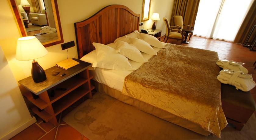 hoteles con encanto en toledo  165
