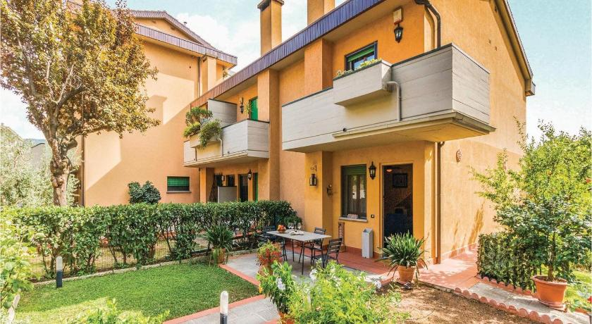 Best Price on Holiday Home Antella-Bagno a Ripoli XI in Bagno A ...