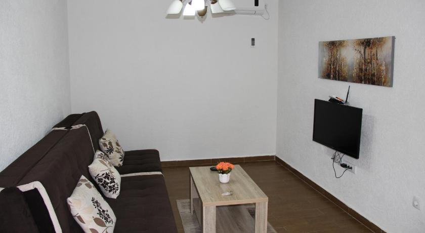 One-Bedroom Apartment Apartments Ismailaga