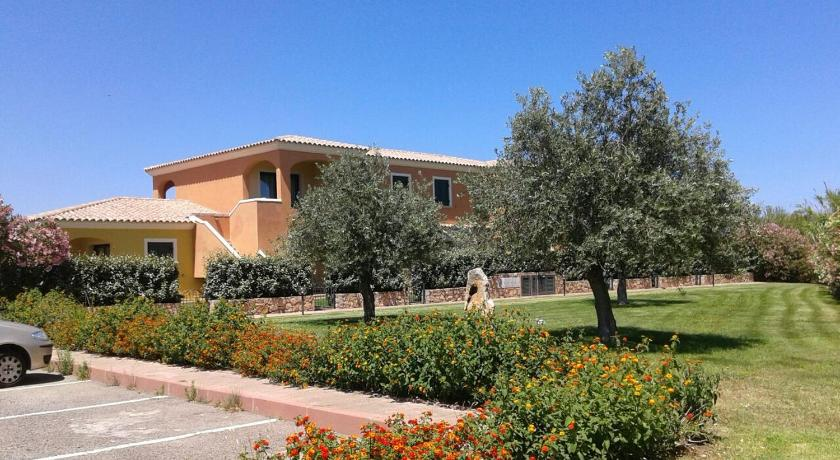 Residence Edilmare San Teodoro - San Teodoro | Bedandbreakfast.eu