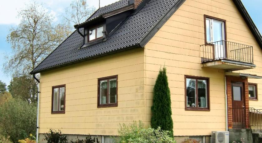 Three-Bedroom Holiday home in Strömsnäsbruk