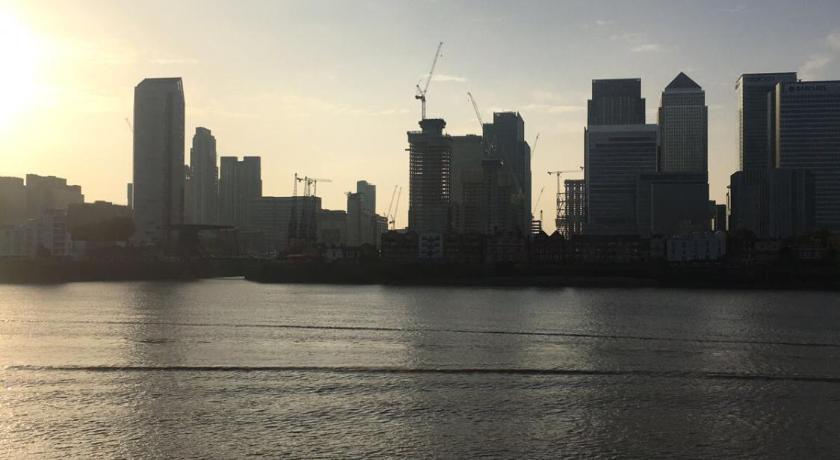 Londra Riverside Homestay Canary Wharf 99 Blackwall Way 711 Apartment