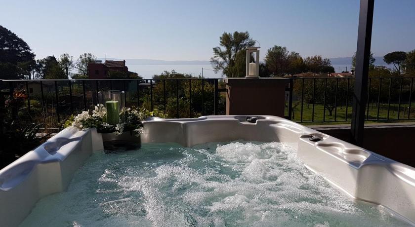 Casa Vacanze i Melograni - Trevignano Romano | Bedandbreakfast.eu