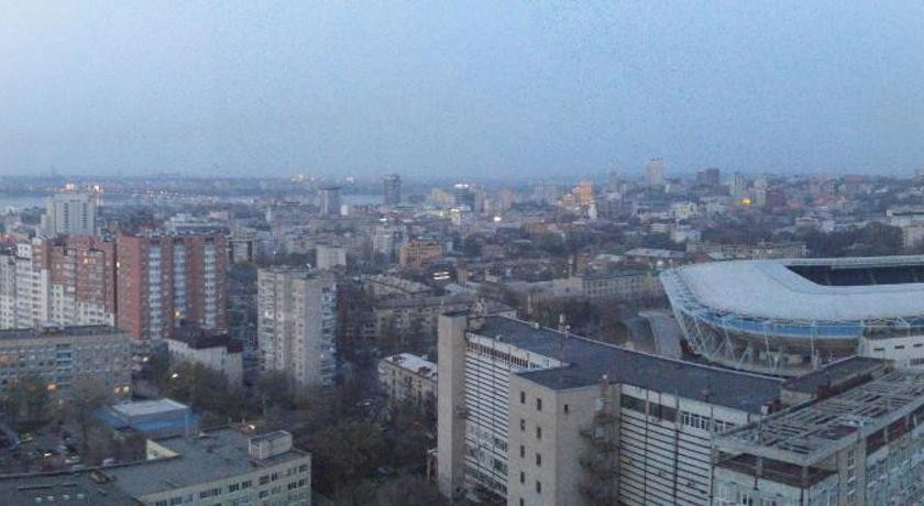 Apartment near Dnipro Arena