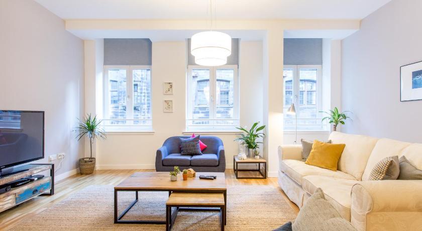 ... Luxury Apartment Glasgow City Centre 55 Mitchell Street, Vienna Apartments  Glasgow ...