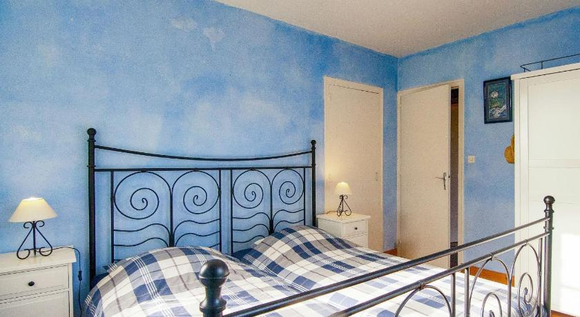 See all 30 photos Holiday home Saint Sulpice