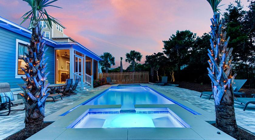 Swimming pool Gulf Dreams Home