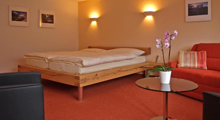 Hotel Steinbock Hauptstrasse 123 Brienz
