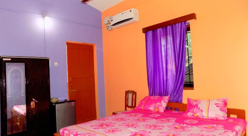 Standard Double or Twin Room with A/C Romaldo Guest House
