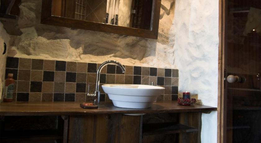 ... Roose Country House And Tiny Guesthouse Orjaku Käina ...