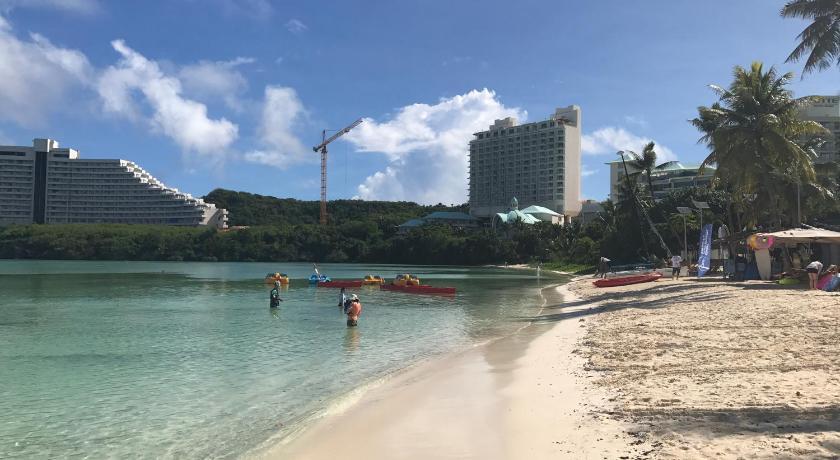 杜夢灣旅館Guest House Tumon Beach