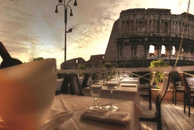 Royal House Piazza Del Colosseo 1 Rome