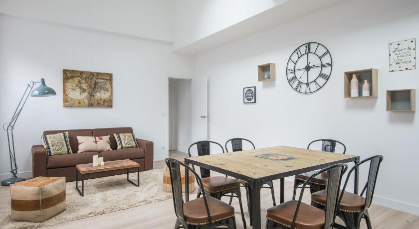 Best Price on L\'Industriel, loft de 2 chambres, Villa Saint Charles ...