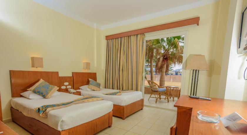 Alle 35 ansehen Royal Star Empire Beach Resort