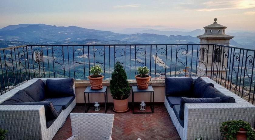 B&B San Marino Suite | Book online | Bed & Breakfast Europe