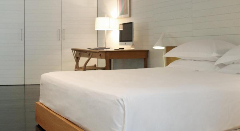 hoteles con encanto en cáceres  37