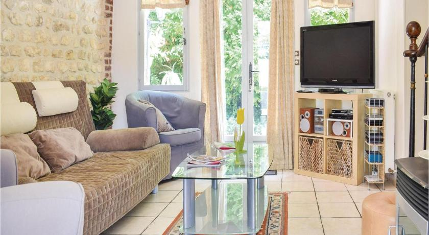 Three-Bedroom Holiday Home Holiday Home Sahurs Rue De Seine