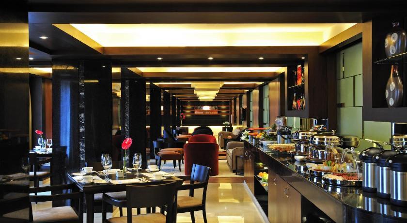 Taj Club House No 2 Club House Road Chennai