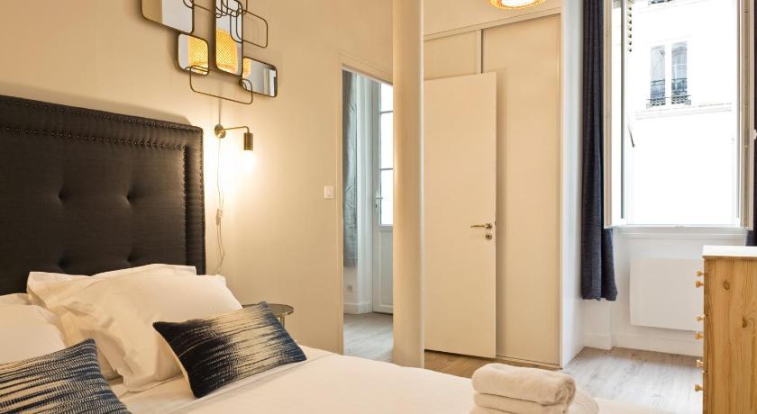 Pick A Flat Rue De Navarin Apartment Place Saint