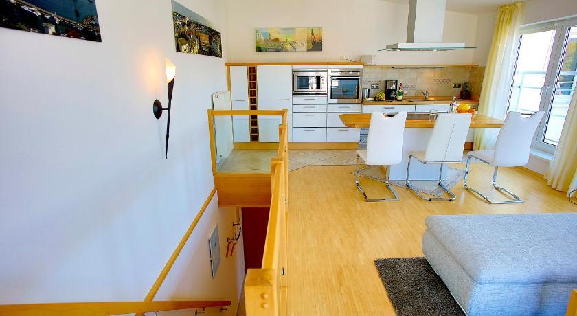 ferienwohnungen eicher warnem nde online buchen bed On warnemunde familienzimmer