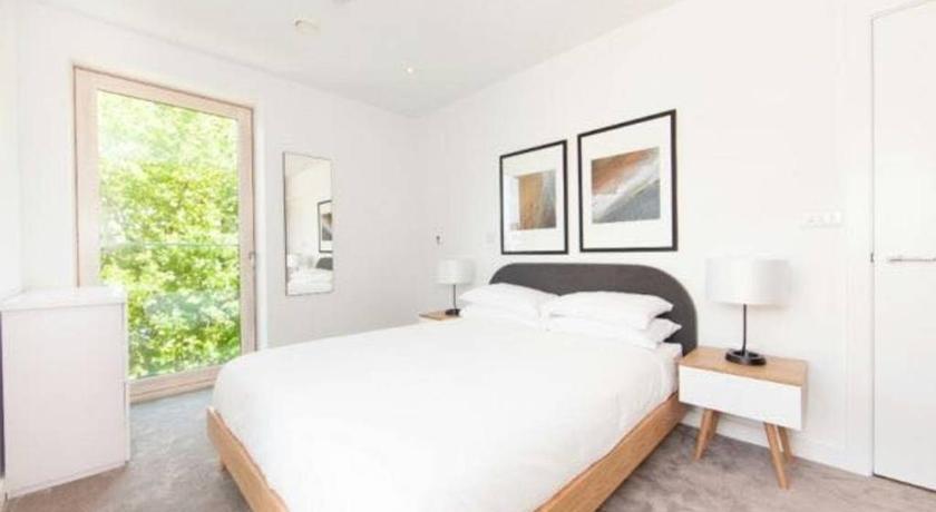bright and spacious 2 bed apartment london bridge zone 1 london