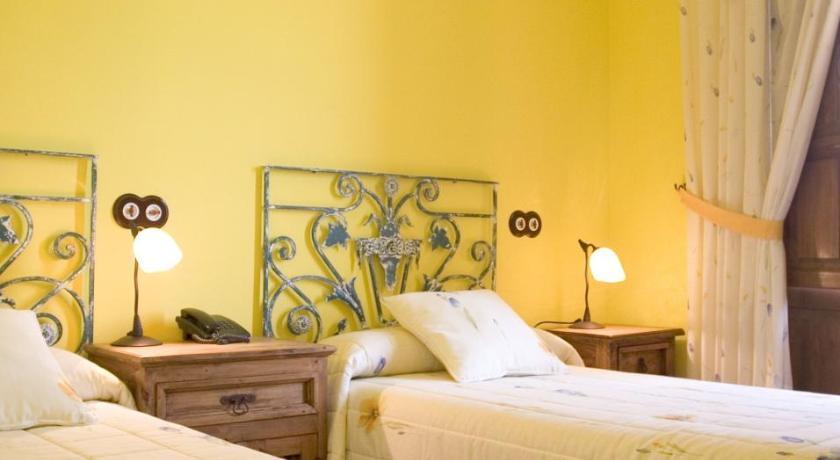 Hotel Font Salada-7608393
