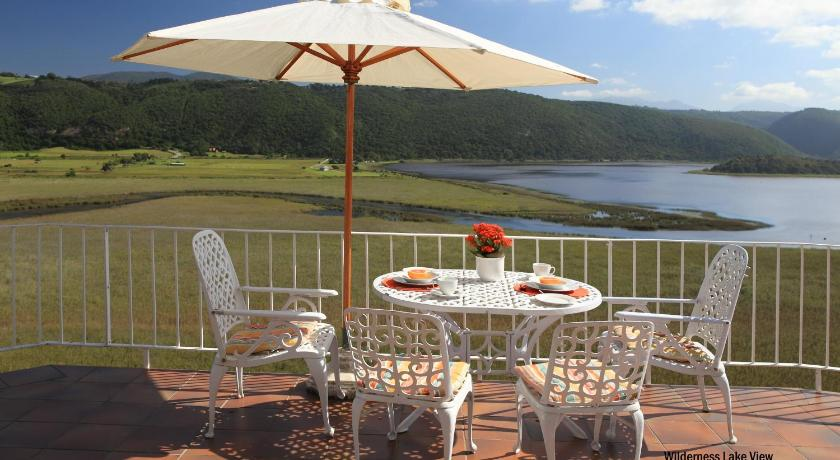 Wilderness Lake View Self-Catering