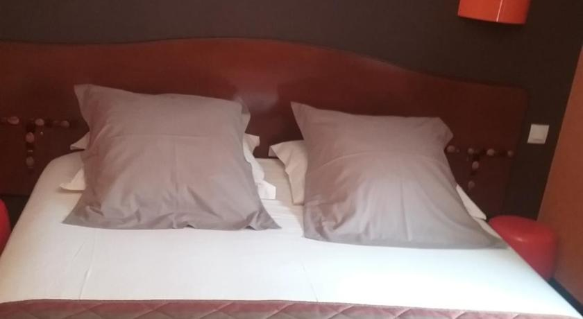 Double Room - Bed Le Pigeonnier