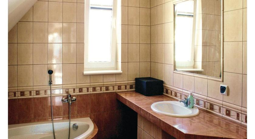 Two-Bedroom Apartment - Bathroom Apartment Rowy Ul. Poziomkowa