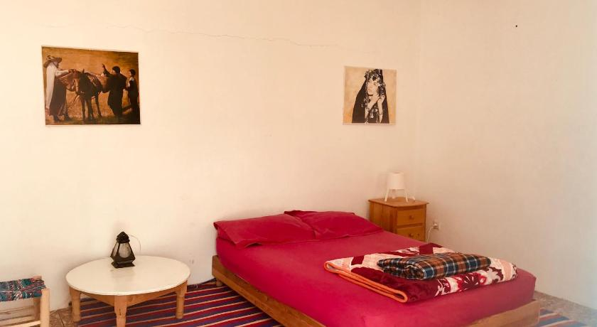 Double Room Gite Le Nomade