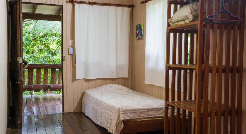 Del Alto One-Bedroom House (3 adults -1 child) Ecovital Costa Rica