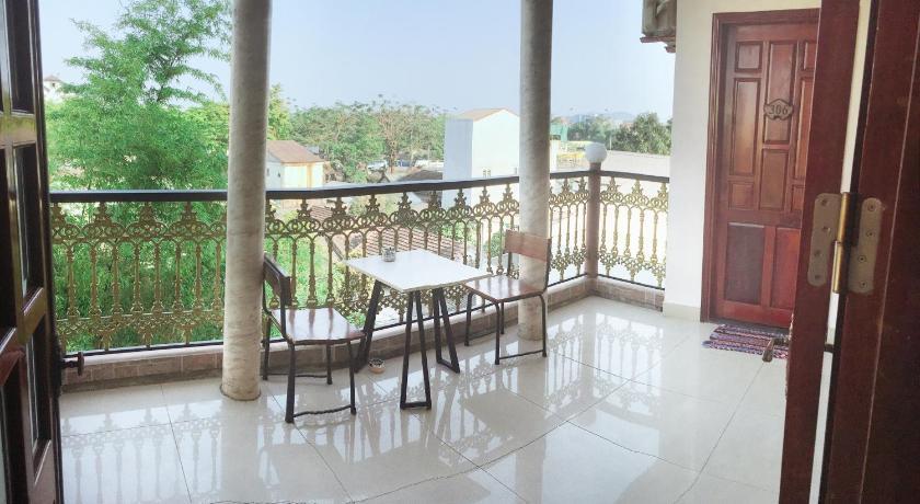 Nam Phuong Riverside Villa