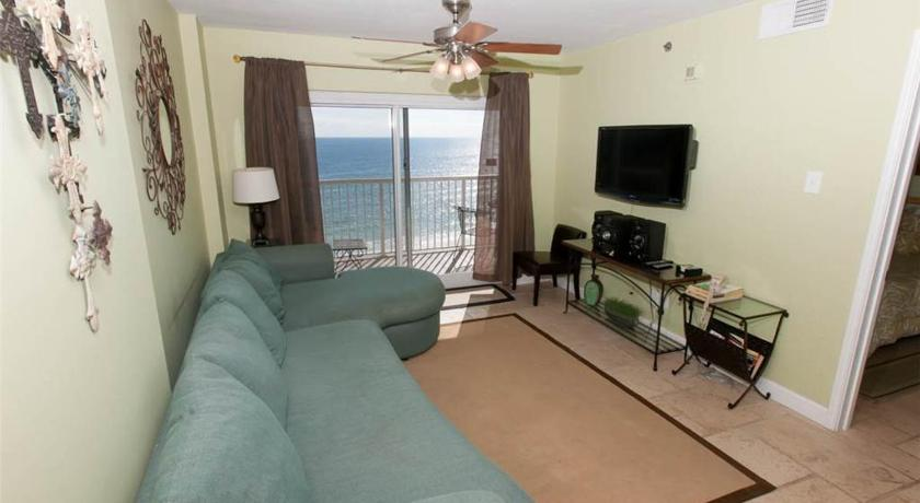 See all 24 photos Tradewinds 804