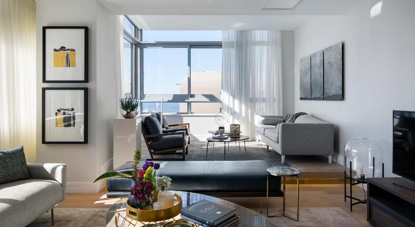 In Residence Signatura Penthouse Collection