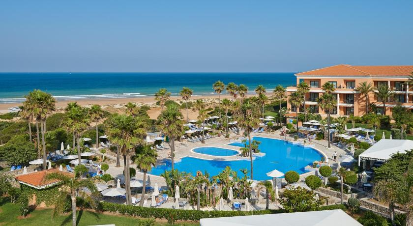 Hipotels Barrosa Palace Hotel & Spa