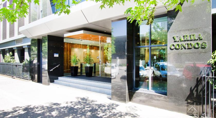 Two-Bedroom Apartment - Entrance Exclusive Stays - Yarra Condos
