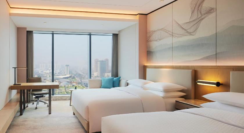 Guestroom Four Points by Sheraton Changsha Meixi Lake