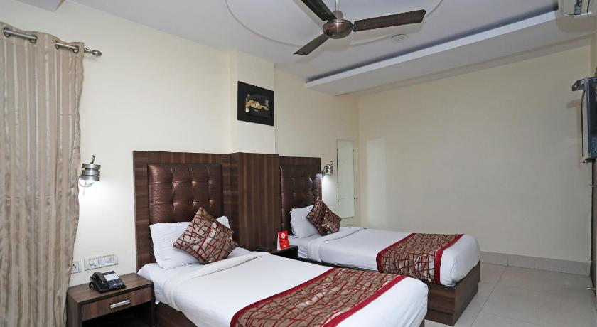 Standard Double or Twin Room - Guestroom Hotel RTS