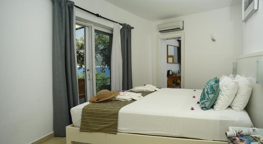 Standard Double Room with Sea View Deniz Feneri Lighthouse