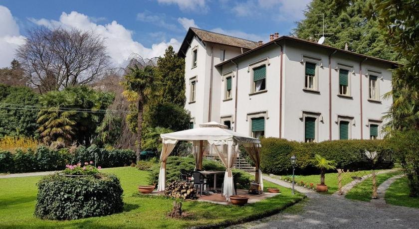 More about Villa del Cigno