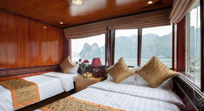 See all 28 photos Halong Golden Bay Legend Cruise