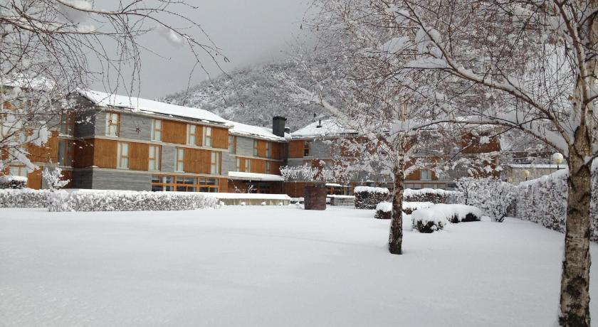 hoteles con encanto en huesca  385